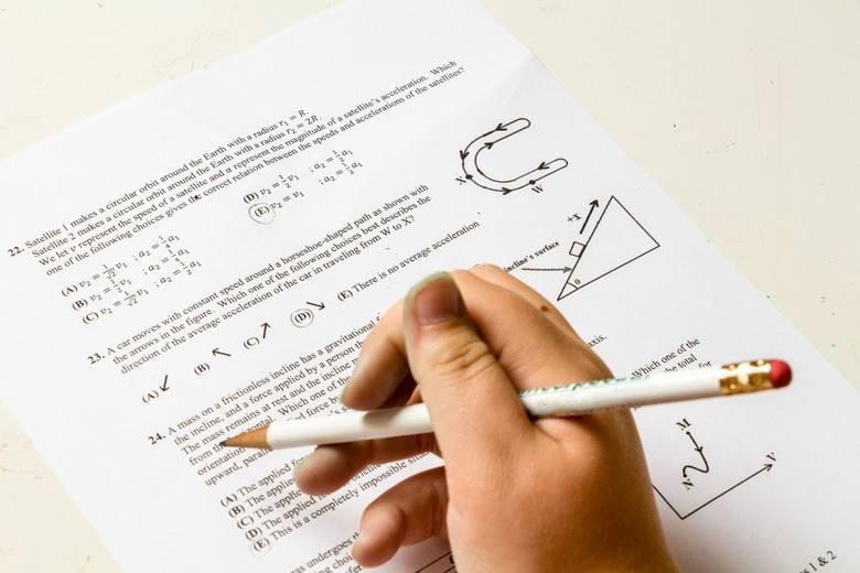 Okręgowa Komisja Egzaminacyjna opublikowała wyniki Egzaminu Ósmoklasisty 2020 w poszczególnych szkołach. Wielkie brawa dla Społecznej Szkoły Podstawowej