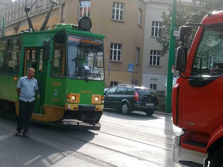 Do wypadku doszło na skrzyżowaniu ulicy Grunwaldzkiej ze Śniadeckich.