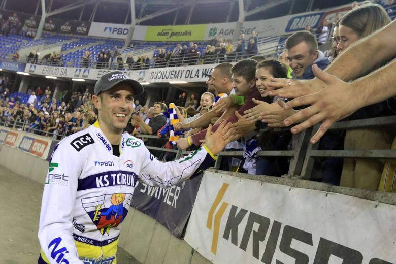 Duńczyk w sezonie 2019 ścigał się w zespole Gel Well Toruń, w Stali Gorzów jeździł już w sezonach 2011-17. W Staleczce ma być zdecydowanie lepszą alternatywą