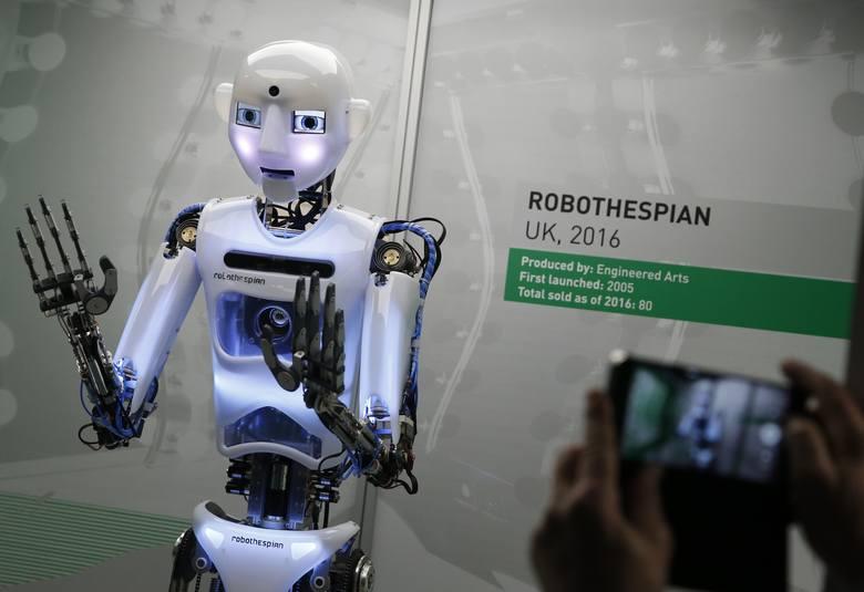 Do 2030 roku roboty zabiorą ludziom 800 milionów miejsc pracy