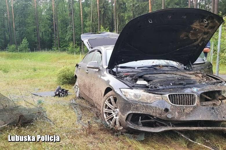27-latka, który rozbił BMW na autostradzie A2, wyśledził i zatrzymał sulęciński dzielnicowy - sierż. szt. Remigiusz Zachareń