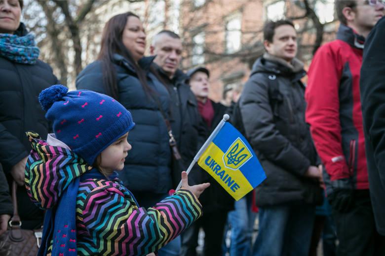 Kiedy Ukraina została napadnięta przez Rosje, wielu Polaków, w tym krakowian, wsparło sąsiadów ze Wschodu, protestując przeciwko haniebnej agresji. Od
