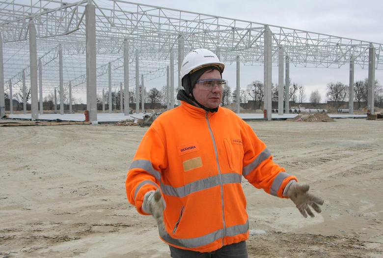 Na całego trwa budowa zakładu MrGarden, w którym będą produkowane meble ogrodowe.