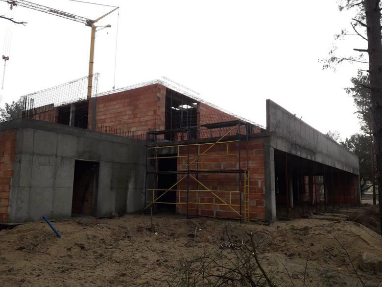 Trwa budowa kaplicy z domem parafialnym na osiedlu JAR w Toruniu