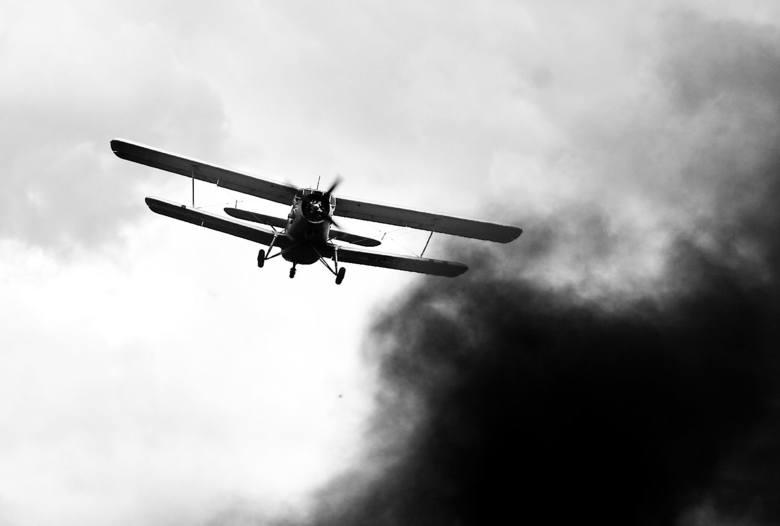 Latające nad głowami samoloty z czasów II wojny.