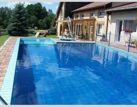 5 milionów złotych. Tyle kosztuje najdroższy dom wystawiony na sprzedaż w województwie lubuskim, a dokładnie w Kożuchowa. Kolejne oferty, jakie znaleźliśmy