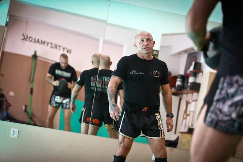 W 1992 roku Tomasz Skrzypek założył klub Fighter Wrocław. – Na pewno wspólnie osiągnęliśmy dużo sukcesów. 15 tytułów mistrza świata, 10 tytułów mistrza