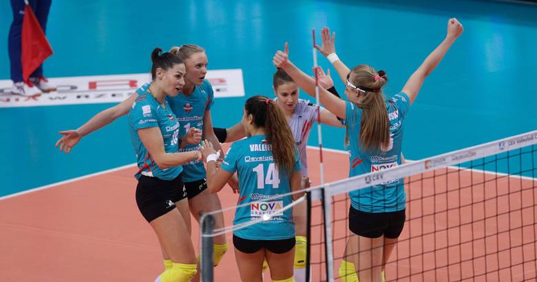 Developres Rzeszów pokonał ASPTT Miluza w pierwszym meczu 1/16 finału europejskiego finału Pucharu CEV. Rewanż 18 grudnia we Francji.Czytaj więcej: Pięciosetowy