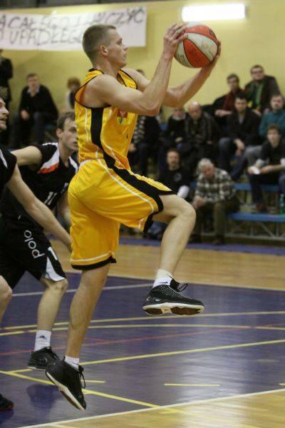 Koszykarze Żubrów w I lidze