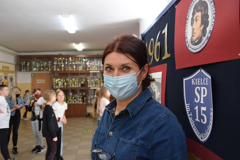 O tym, że szkoła została przygotowana do powrotu uczniów oraz nauczycieli, zarówno pod względem sanitarnym jak i technicznym mówiła dyrektor kieleckiej