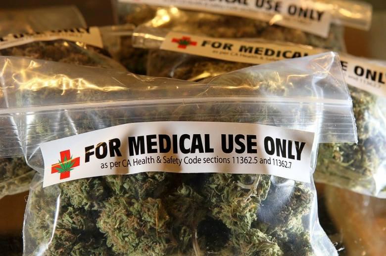 Marihuana stała się składnikiem wielu leków przepisywanych na najróżniejsze schorzenia. Mówiąc o medycznej marihuanie, ma się na myśli konkretnie preparaty