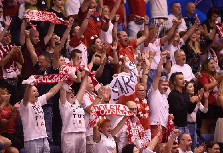 Z Warny Polacy przenoszą się do Turynu, gdzie grać będą w trzeciej fazie mistrzostw świata.