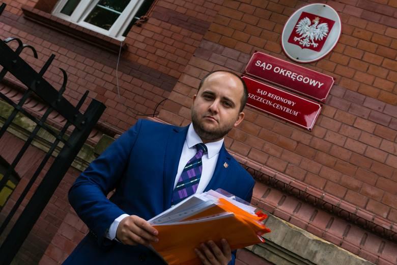 Dariusz Matecki złożył w szczecińskim sądzie okręgowym pozew przeciw Platformie Obywatelskiej. Wszystkie sprawy dotyczą naruszenia dóbr osobistych radnego