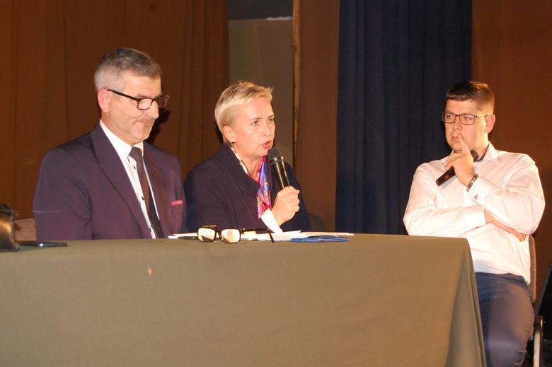 - Zmiany są konieczne - przekonywała na spotkaniu  Adrianna Nowicka, prezes Nowego Szpitala w Nakle i Szubinie