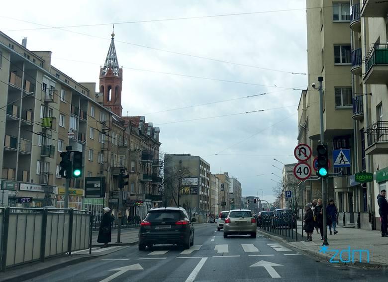 Ograniczenia zostają wprowadzone pomiędzy skrzyżowaniem z ul. Hetmańską i ul. Gąsiorowskich, a w przeciwnym kierunku od ul. Śniadeckich po ul. Choci