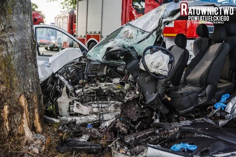 Tragiczny wypadek na trasie Kopijki - Zawady Ełckie. 39-latek zginął na miejscu (zdjęcia)