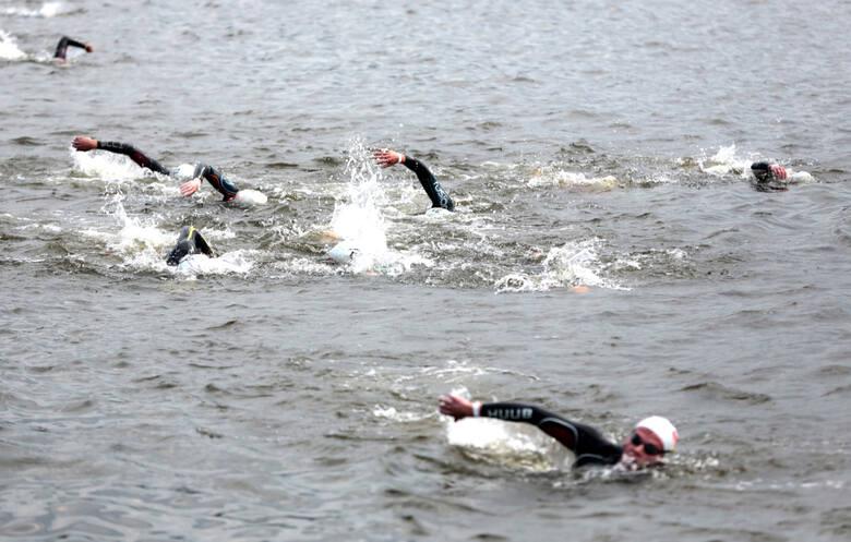 Sześć lat temu mistrzostw Polski w triathlonie odbyły się na Odrze i wokół niej w Szczecinie. Nad Wartą do tej pory jednak tego typu zawodów nie roz