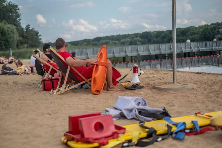 7 grzechów głównych plażowiczow wg policjantki z patrolu wodnego