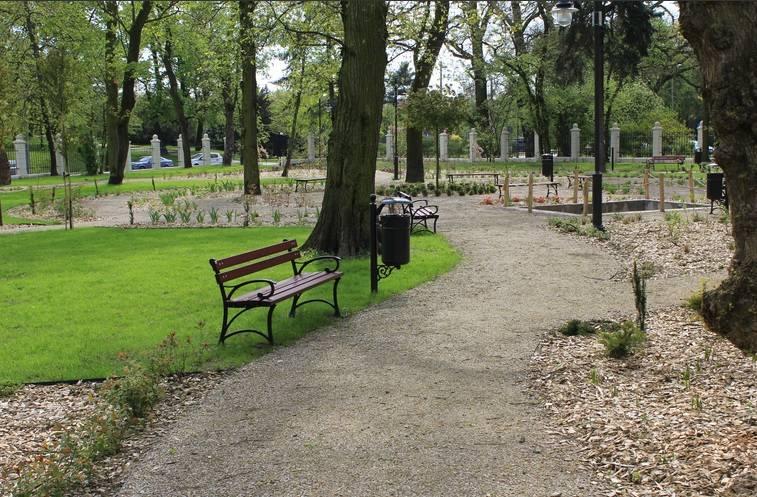 Toruń zyskuje nowy-stary park! Co w sobie kryje? Niedługo otwarcie [zdjęcia]