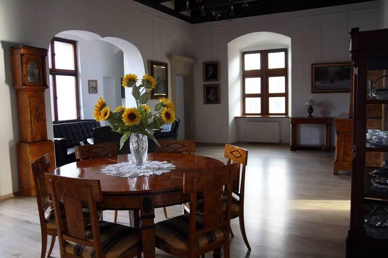 Muzeum Miasta Pabianic wczoraj i dziś. Jak zmieniło się wnętrze?