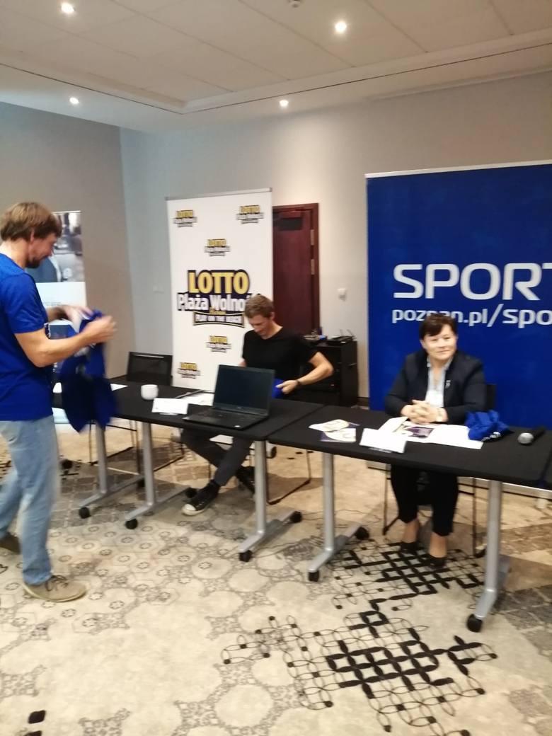 Podczas specjalnej konferencji w hotelu Mercure w piątek rozlosowano podział na grupy w niedzielnym turnieju gwiazd dwunastej edycji Lotto Plaży Wol
