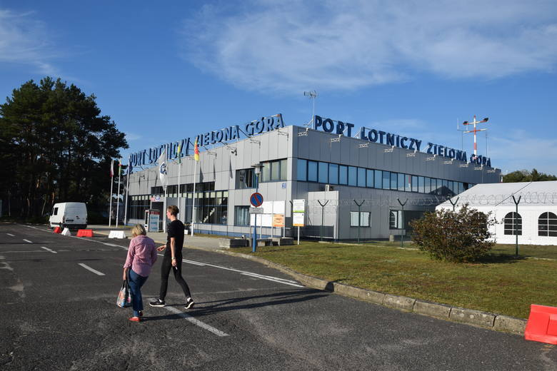 Port Lotniczy Zielona Góra Babimost rozwija się i rozbudowuje...