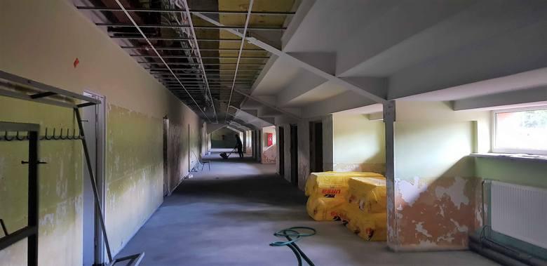 Trwa modernizacja pomieszczeń pod trybunami stadionu zwierzynieckiego