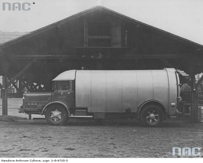 Śmieciarka marki Mercedes, Warszawa, 1937 rok