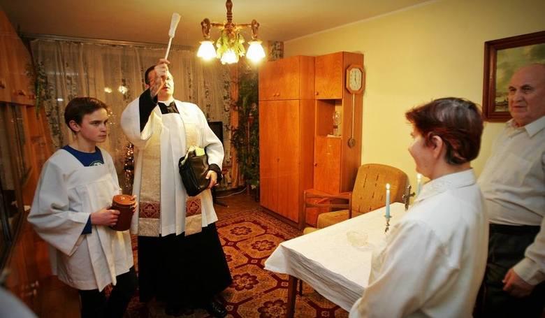 Styczeń to czas kolęd. Księża odwiedzają w domach parafian. Jest czas na bliższe poznanie i krótka rozmowę. Zobacz plan kolęd w poszczególnych toruńskich