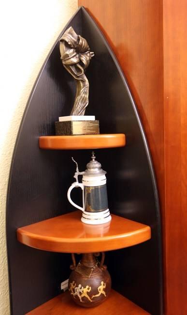 W gabinecie przewodniczącego są także nagrody i pamiątki, które otrzymała Rada Miasta w różnych konkursach.