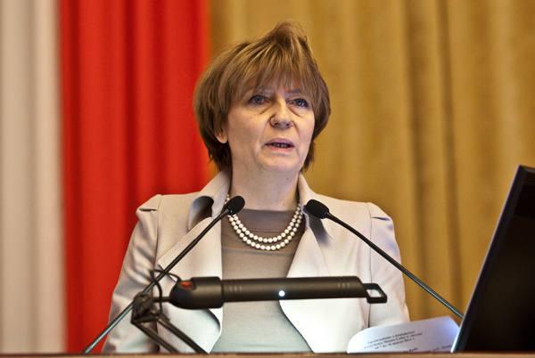 Prezydent Hanna Zdanowska tłumaczy, że nie mogła wydać części pieniędzy np. na inwestycje drogowe, bo nie było pełnej dokumentacji i zezwoleń.