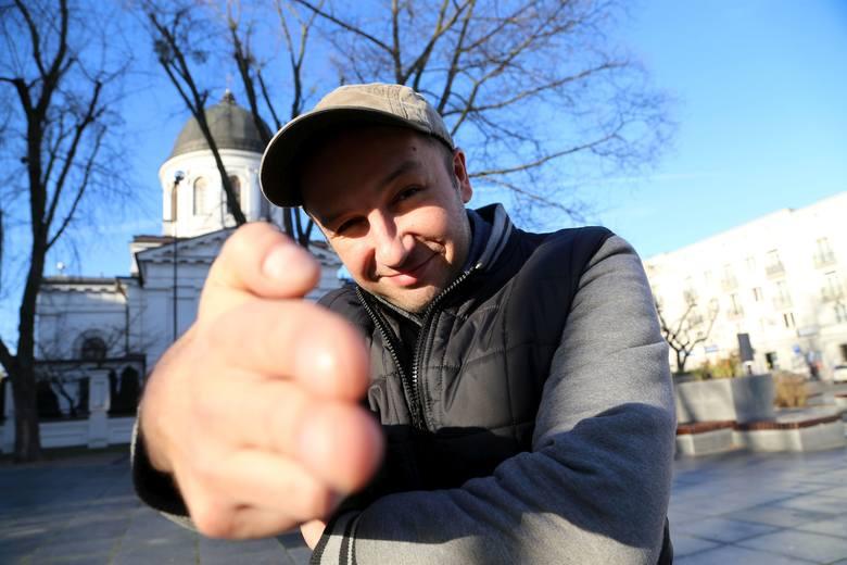 """Michał """"Cira"""" Ciruk nagrał płytę Pocztówki z miasta B."""