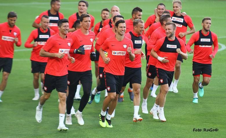 Reprezentacja Polski wróciła na stadion przy Bułgarskiej w Poznaniu, gdzie w piątek zagra towarzyski mecz przeciwko Chile. Podczas treningu uśmiech nie