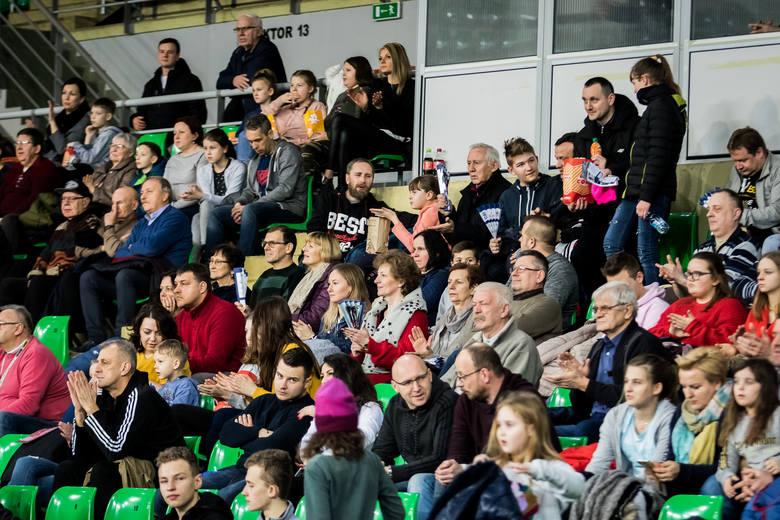Siatkarki Banku Pocztowego Pałacu Bydgoszcz pokonały w piątek #Volley Wrocław 3:0 (27:25, 25:20, 25:23) w 20. kolejce rozgrywek. Zobaczcie zdjęcia z