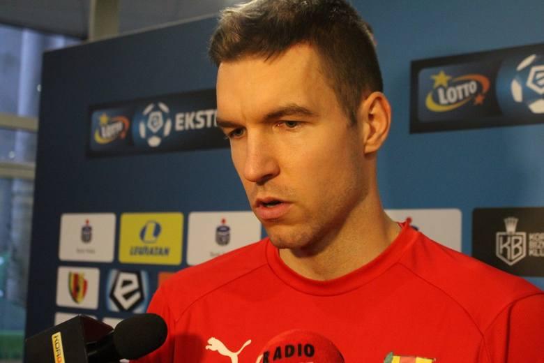 Piotr Malarczyk kilka dni temu rozwiązał umowę z Koroną Kielce, ponieważ decyzją Gino Lettieriego nie było dla niego miejsca w kadrze pierwszej drużyny,