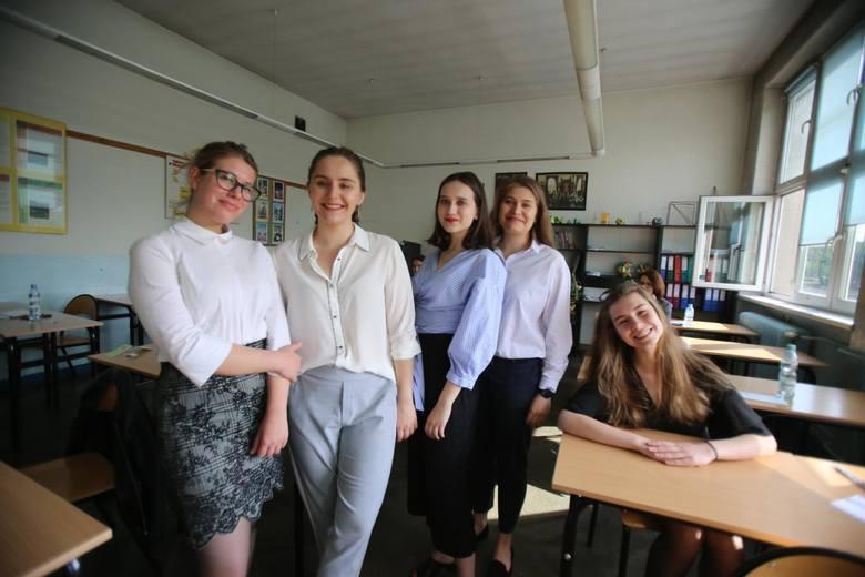 Ustna matura z języka polskiego w nowej formule pojawiła się w 2015 roku. Wówczas większość absolwentów, idąc na spotkanie z komisją wiedziała już, na