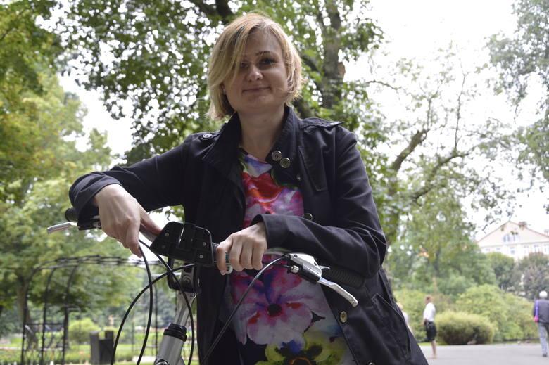 - Jeździć rowerem po naszym śródmieściu to jest wyzwanie - mówi Marta Bejnar - Bejnarowicz