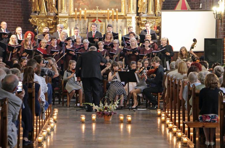 Jeden z najmłodszych, a jednocześnie najbardziej znanych grudziądzkich chórów kameralnych - The G Singers - w sobotę świętował swój jubileusz. Jak? Śpiewająco,