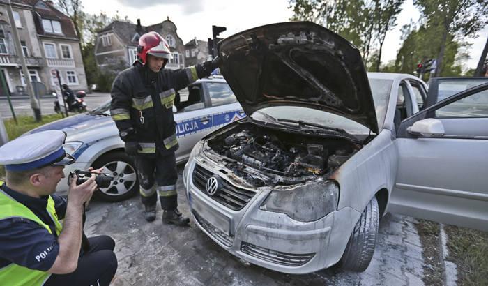 Do pożaru auta doszło na skrzyżowaniu w Zielonej Górze