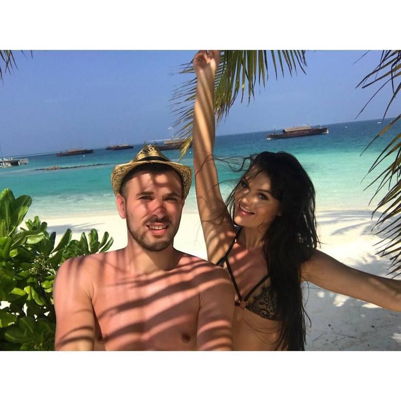 Maciej Makuszewski z żoną Oliwią na Malediwach