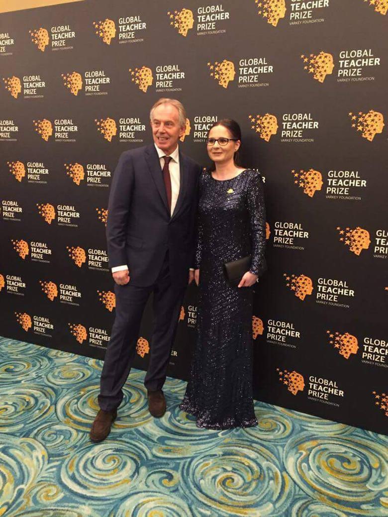 """Barbara Anna Zielonka, nauczyciel mistrz, w Dubaju, tuż przed finałem: """"Młodzi ludzie muszą być otwarci na zmiany, muszą rozumieć inne kultury, nie mogą"""
