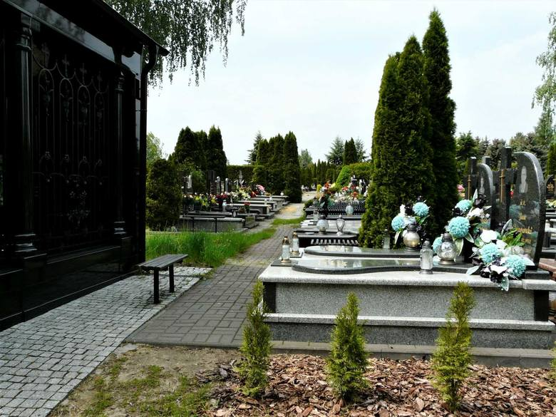 Cmentarze w Pabianicach w czasie pandemii koronawirusa ZDJĘCIA
