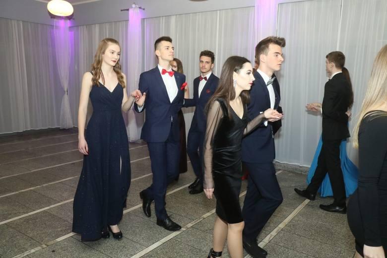Liceum Sportowe Gimbasket - Studniówka 2019 (ZDJĘCIA)