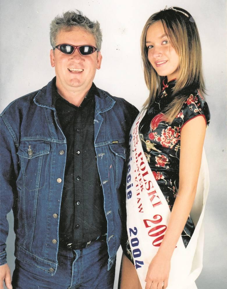 Z Sandrą Majką, Miss  Ziemi Świeckiej, a także finalistką Miss Polski w 2007 roku.