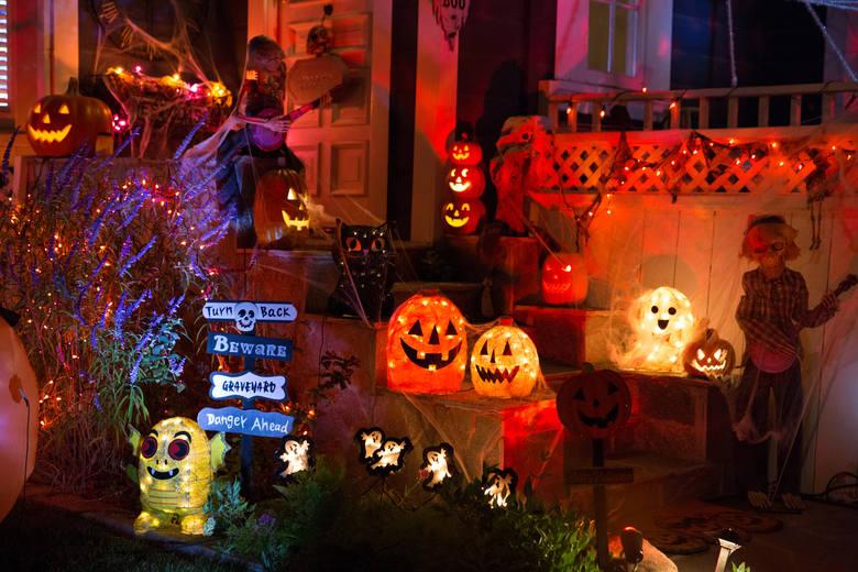 USAW Stanach Zjednoczonych przełom października i listopada kojarzy się nieodłącznie z Halloween. Halloween, mimo że dzień nie jest świętem urzędowym,