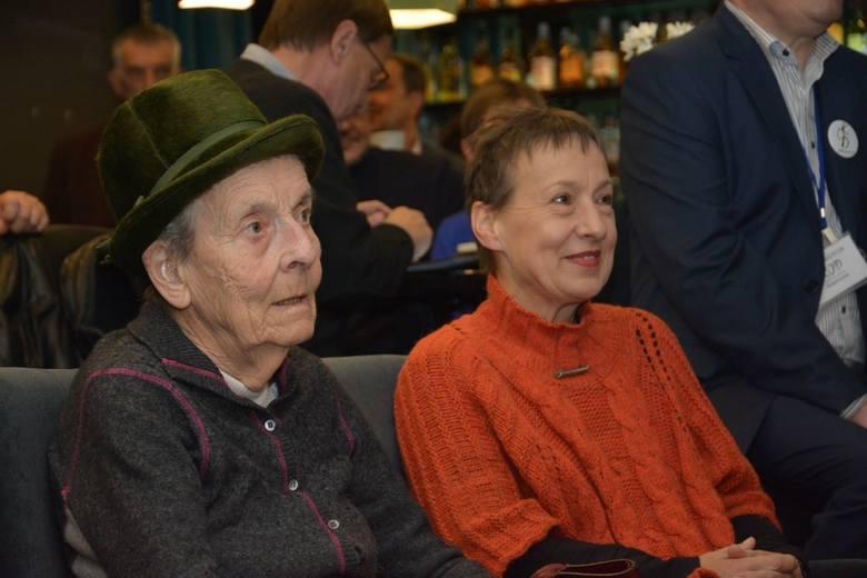 Pani Jadwiga Sienkiewicz z córką Hanną Dziewanowską