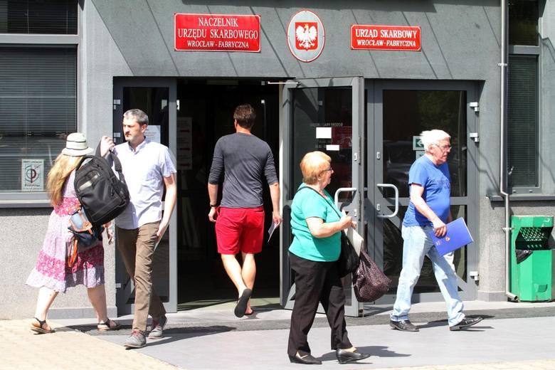 Połowa podatników, która korzysta z usługi Twój e-PIT zaakceptowała w całości zeznanie przygotowane przez Krajową Administrację Skarbową, a 32% postanowiło