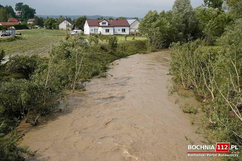 Stan rzek w Małopolsce się obniża, a posłowie Platformy interweniują w Wodach Polskich