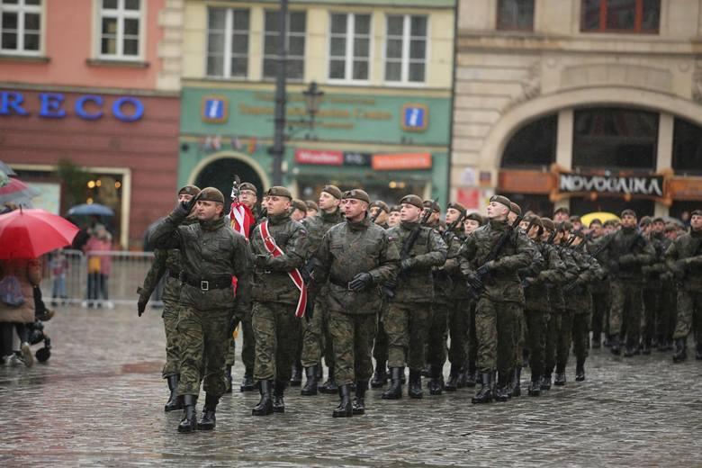 Byli generałowie w wojsku dostają średnio 12 211 zł brutto emerytury,