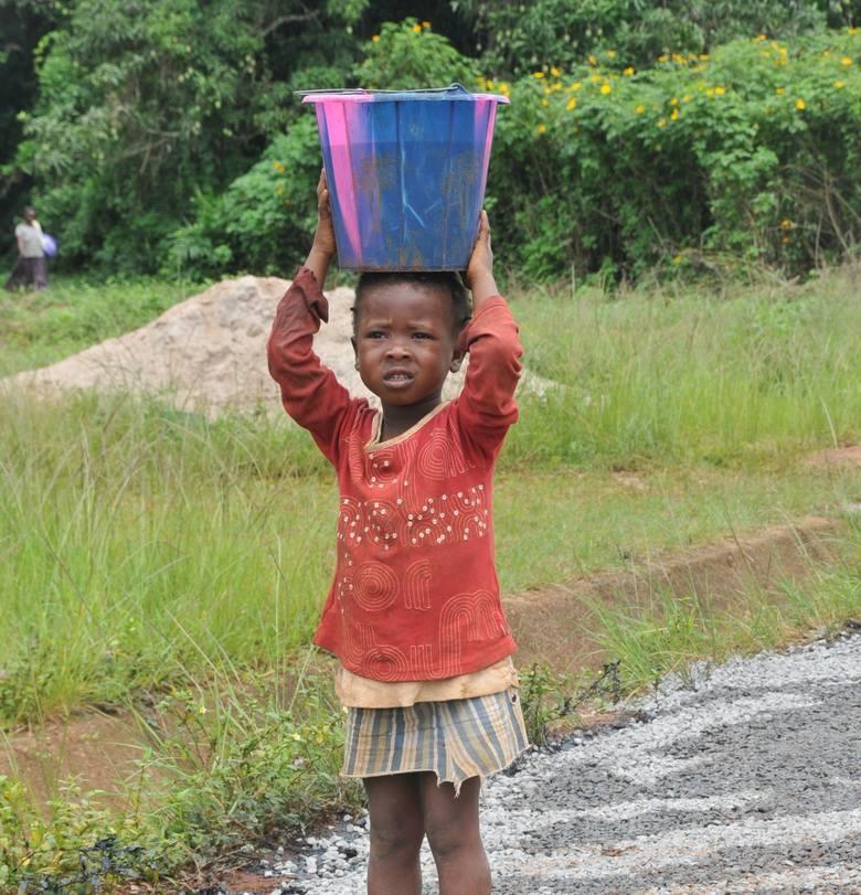 Pomoc brzmi dobrze. Dzieci z Kamerunu potrzebują naszej miłości